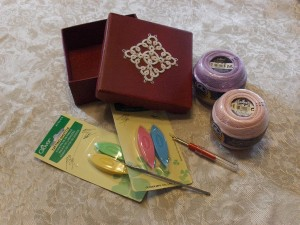Giveaway Tatting Box